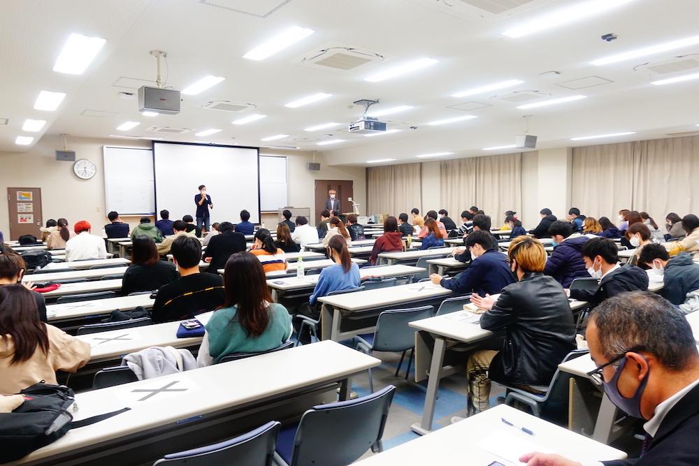 代表の中村が長崎大学経済学部の「ビジネス実践力育成成プログラム」にて審査講演行いました。